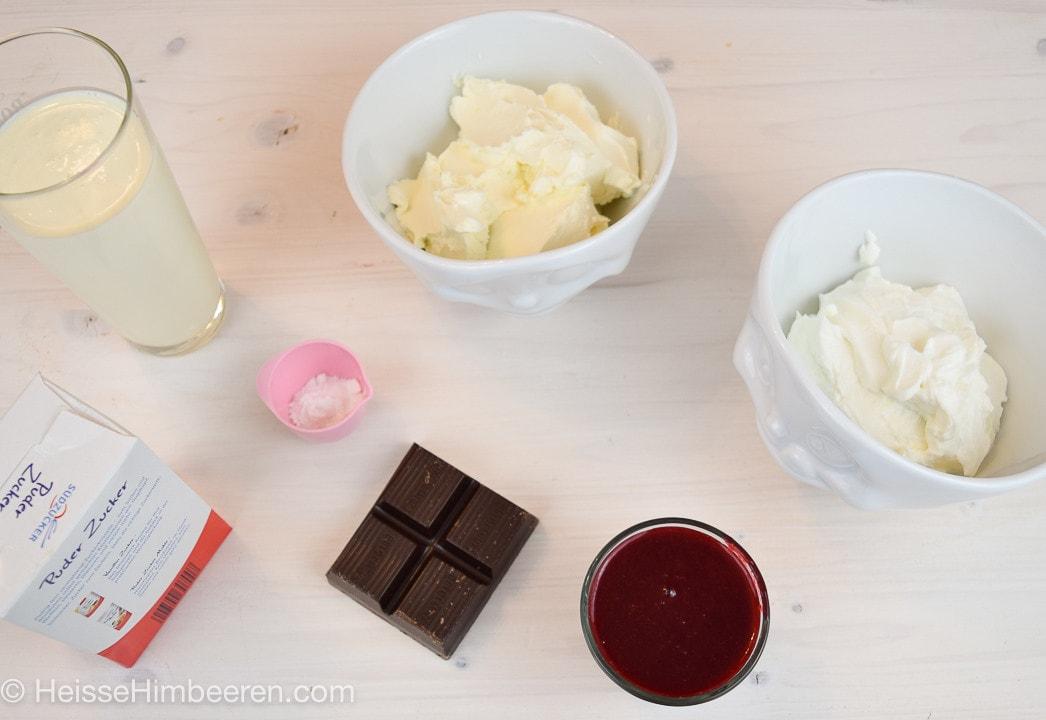Die Zutaten für das Himbeertorten Rezept