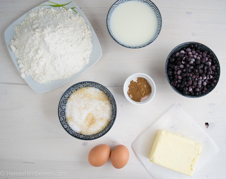 Die Zutaten für die Blaubeer Muffins