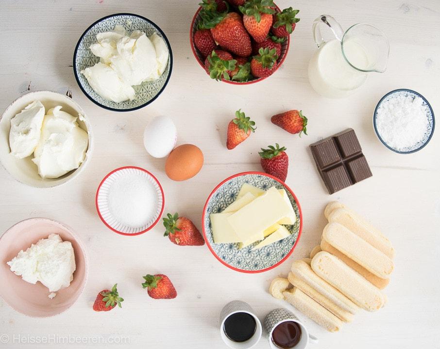 Die Zutaten für den Tiramisu Cheesecake