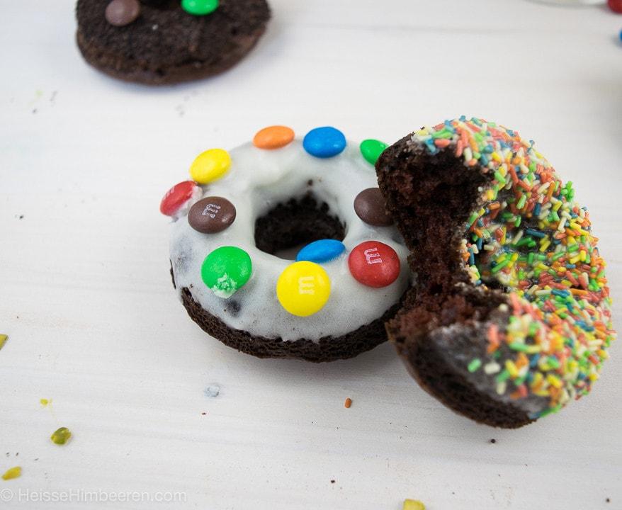 Ein Smartie Donut Topping