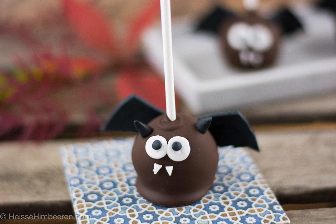Fledermaus Cake Pop zu Halloween