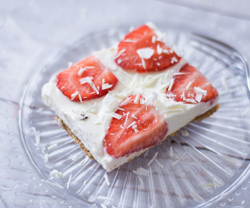 Ein Stück Erdbeer Cheesecake