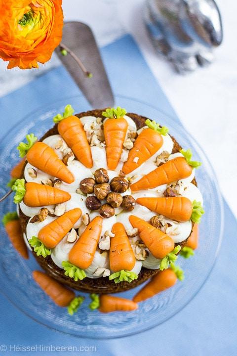Der Karottenkuchen von oben