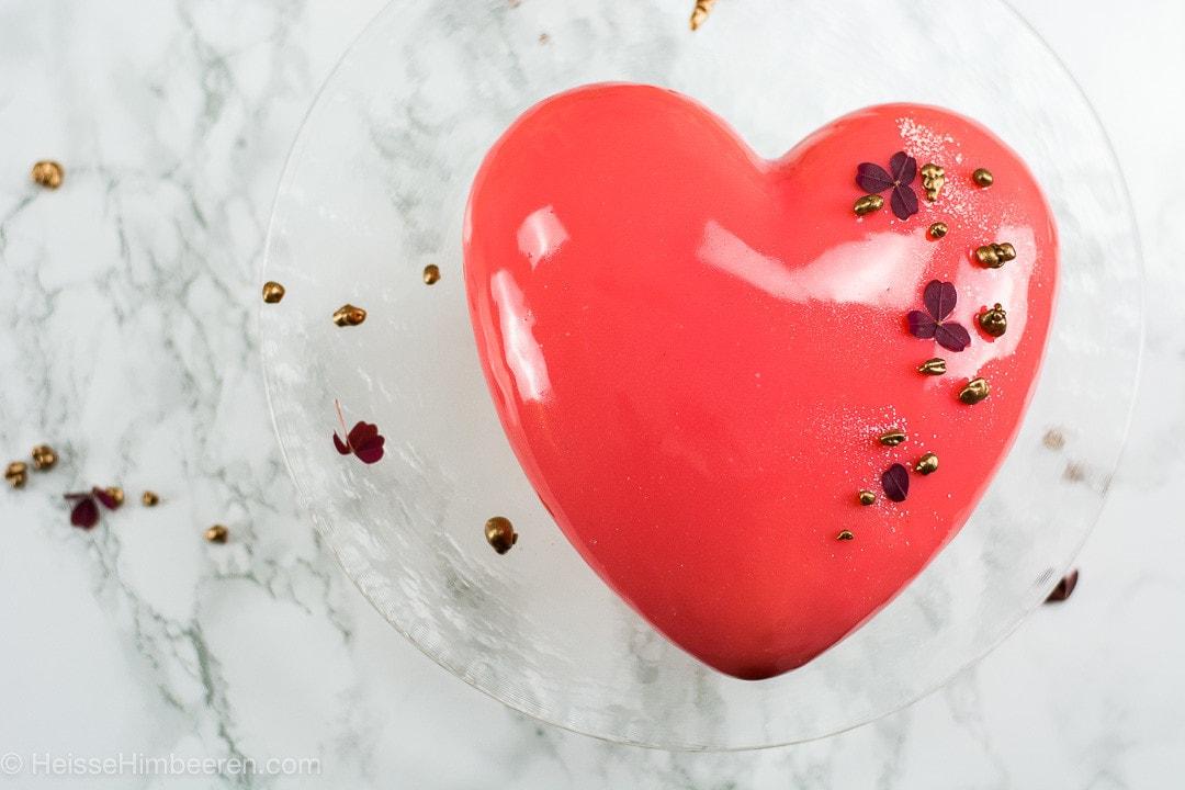 Herzkuchen als Valentinstag Kuchen