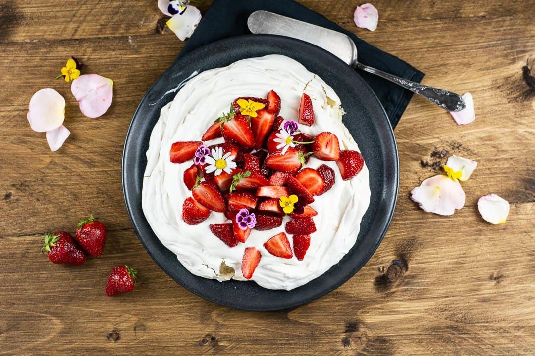 Eine Erdbeer Pavlova