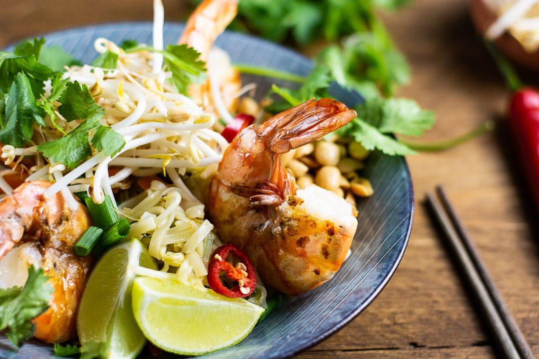 Eine Garnele auf dem Pad Thai