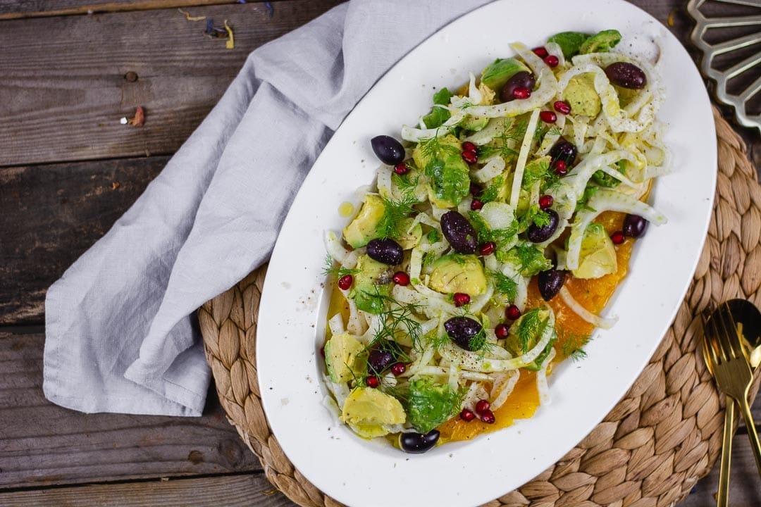 Eine Ansicht von oben des Salates