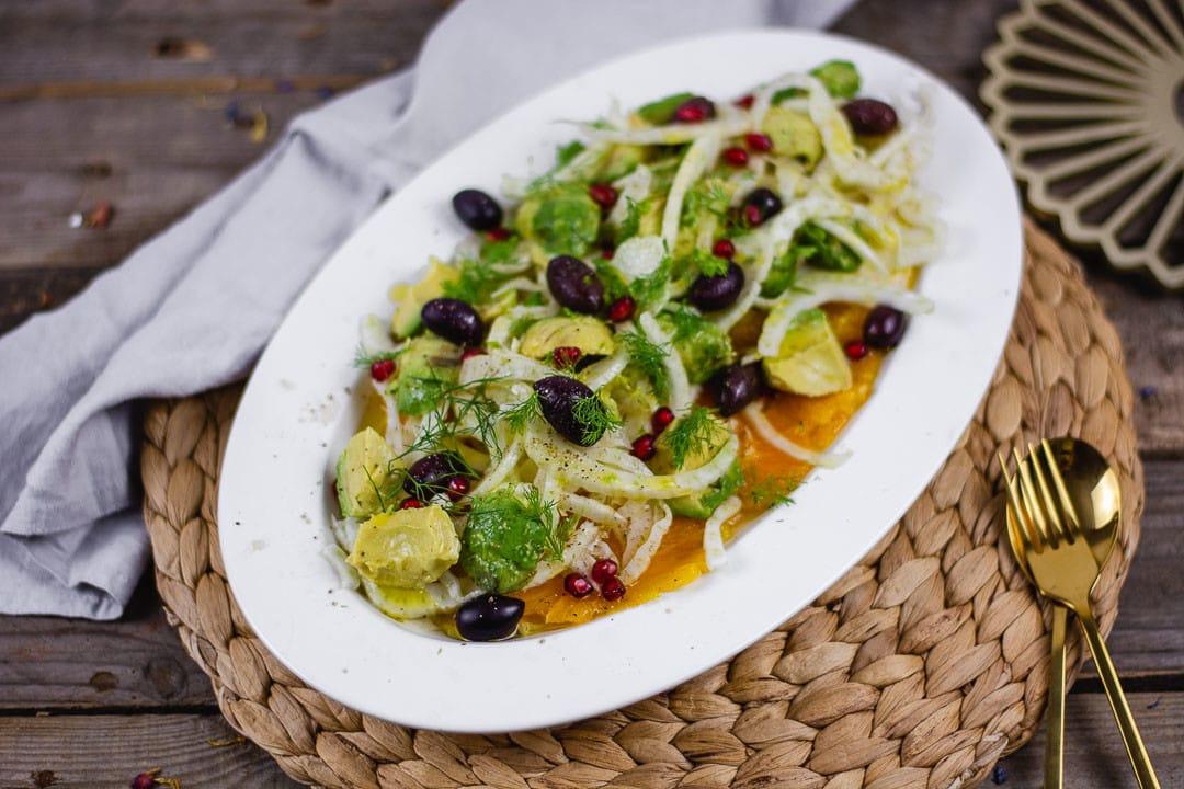 Fenchel und Avocado in einem Salat