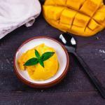 Mango Sorbet aus nur 4 Zutaten in 10 Minuten (Rezept mit Video)
