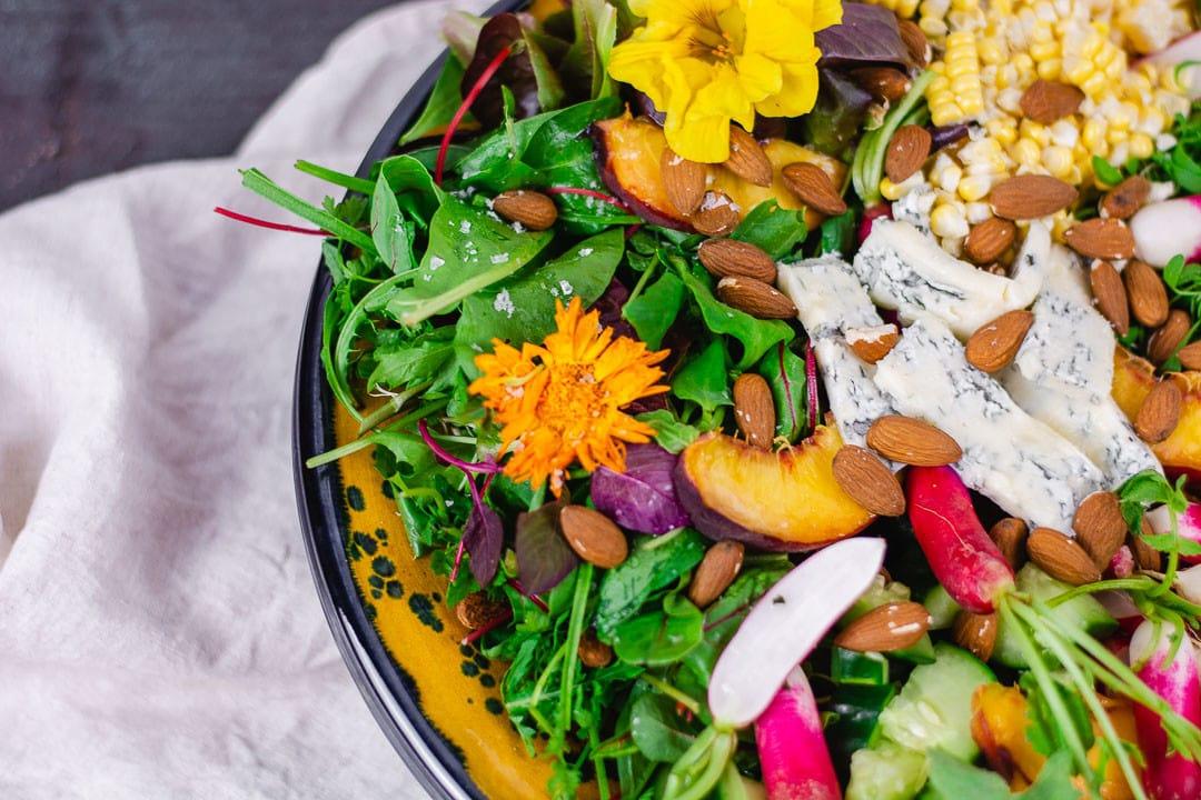 Der fertige gemischter Salat